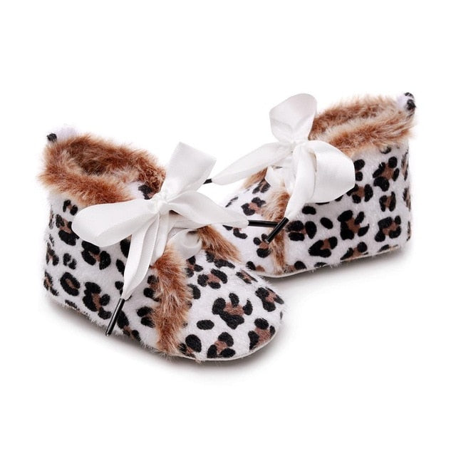 Fluffy Leopard Boots | White