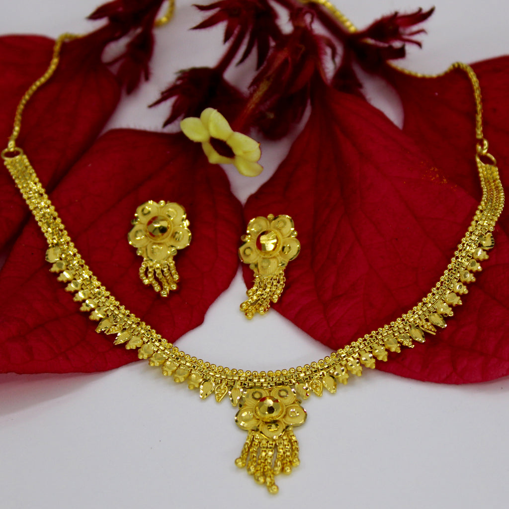 alex jewellery necklace gold monroe feather designer silverado plume products flare necklaces