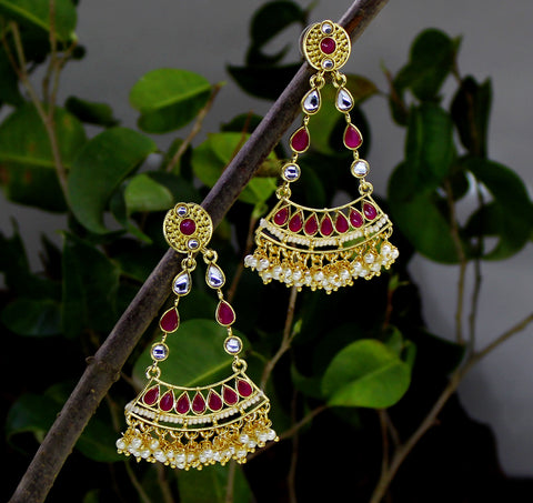 ANTIQUE EARRING WITH PEARL DROPLET