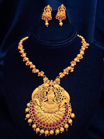 SIMPLE LAXMI PENDANT DESIGN NECKLACE