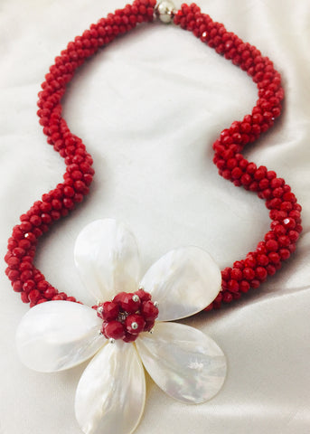 SHELL PEARL RED KOREAN NECKLACE