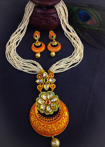 KUNDAN NECKLACE WITH MINA WORK