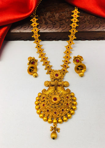 GOLDEN BEADS FLORAL DESIGNER NECKLACE