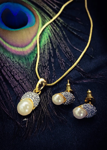 PEARL BEADS PENDANT SET