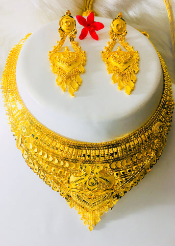 ROYAL GOLD PLATED NECKLACE