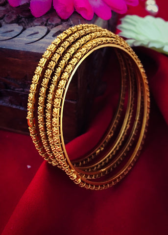 SIMPLE TRADITIONAL BANGLES