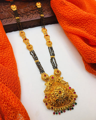 PEACOCK DESIGN TEMPLE MANGALSUTRA