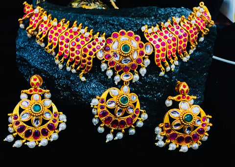 140598a61e050 KUNDAN WITH KEMP STONE NECKLACE