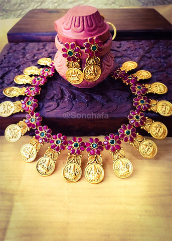 LAXMI COIN PENDANT NECKLACE