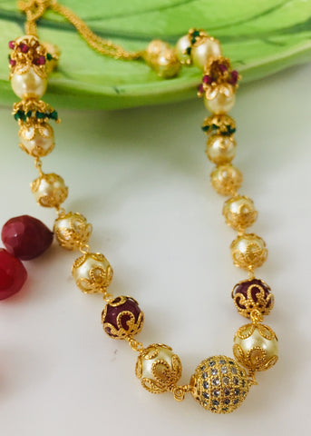 MAROON WITH PEARL NECKLACE