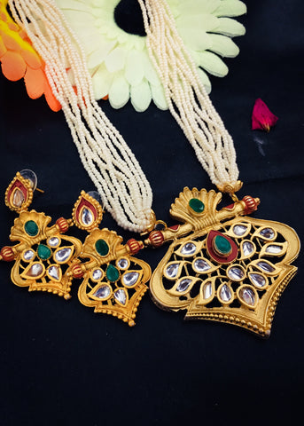 DESIGNER KUNDAN PEARL NECKLACE