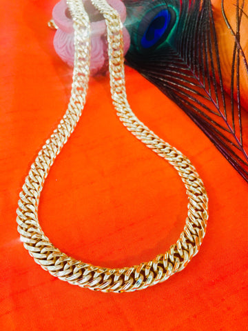 GOLD FINISH DESIGNER CHAIN