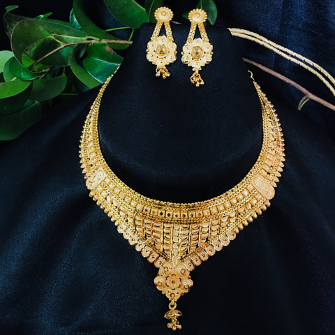 DROPLET DESIGNER GOLD PLATED NECKLACE