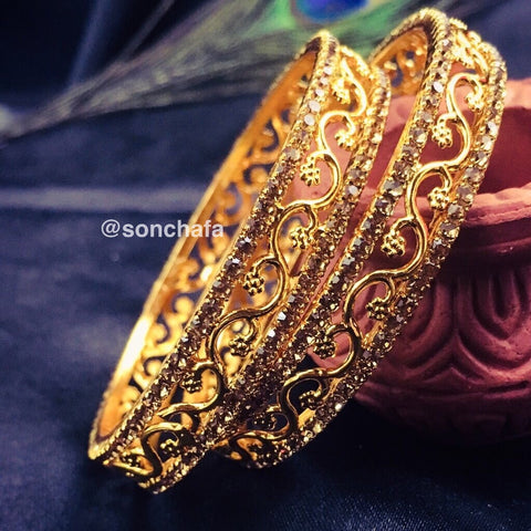 GOLDEN STONE WITH DESIGNER BANGLES