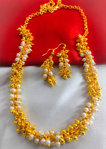 GOLDEN PEARL BEADS NECKLACE