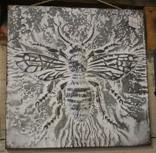 Metal Bee Wall Hanging