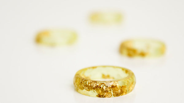eco resin ring - size 8 thin multifaceted ring | summer gold with gold leaf flakes