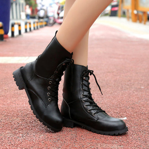 Hot Sale Fashion Cool Women Martin Boots Lace-up Round Toe In-tube Woman Boots Solid Classic Wild Women Casual Shoes ST911