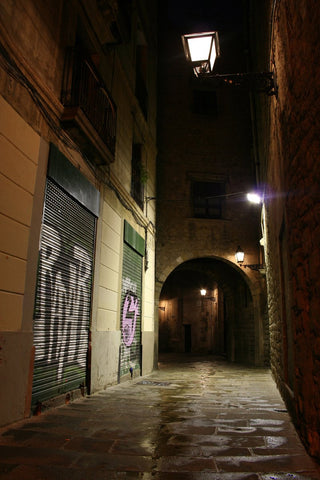 Latenight Alleyway