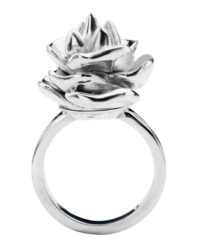 Old Defender Ring™ Rose