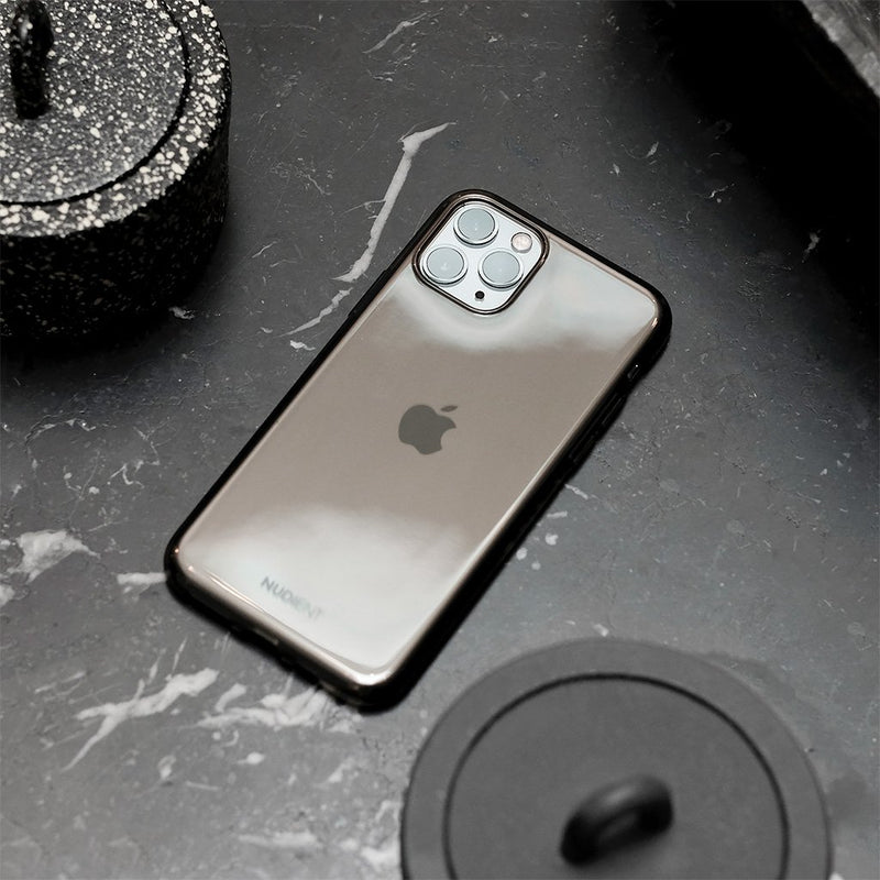 "Thin glossy iPhone 11 6,1"" case  - Black Transparent"