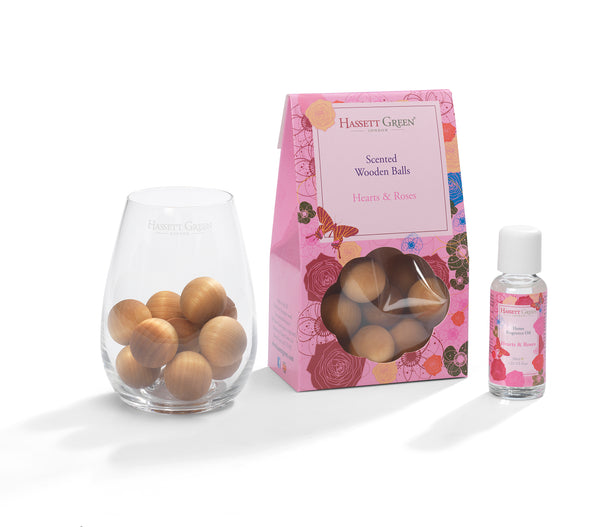 Hearts & Roses - Scented Wooden Balls With Oil & Vase