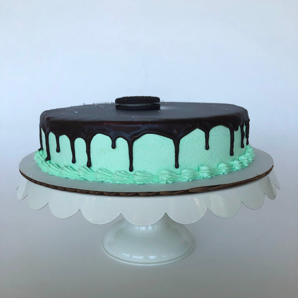 Single Layer Minty Cookie with Chocolate Ganache Ice Cream Cake