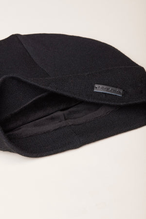 Load image into Gallery viewer, Black Velvet-lined Beanie - anysun