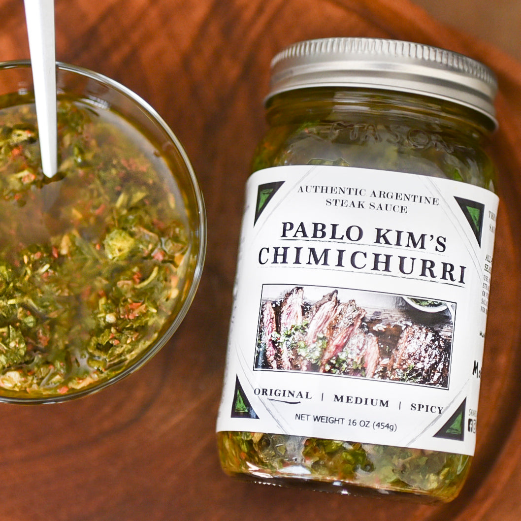 mild sppice chimichurri top view close up