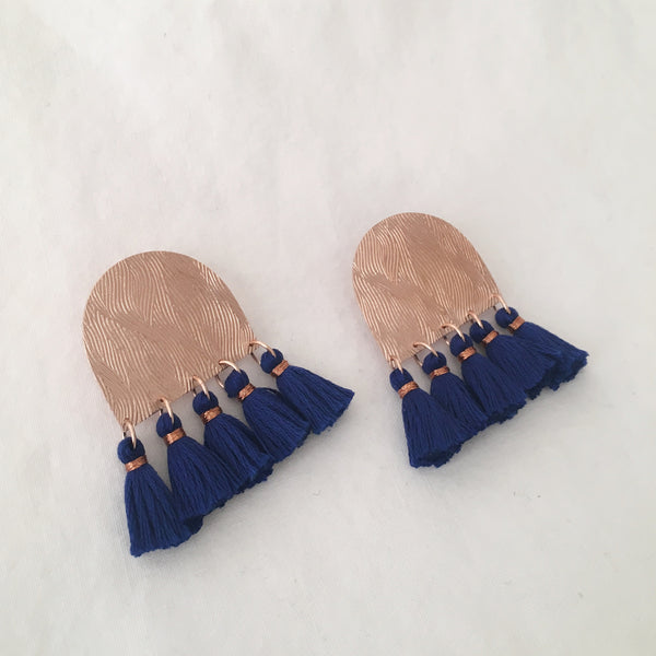 Roll Pressed Tassel Post Earrings