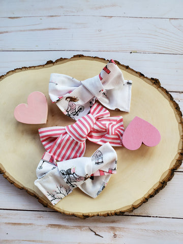 Paris Valentine's Bow