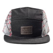 Load image into Gallery viewer, sakura_5_panel_strapback_blk_F_1024x1024