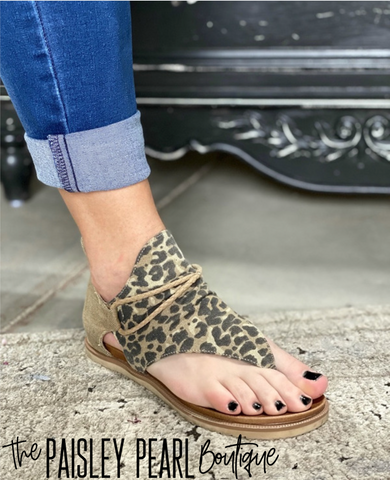 Sparta Leopard Sandal-PREORDER(sizes 6-11)