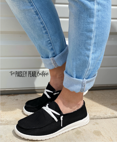 Holly Canvas Boat Shoes-Black