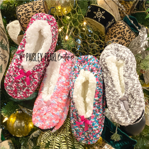 Black Friday STEAL- Fuzzy Slippers
