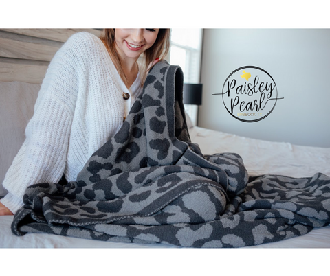 The Luxe Blanket-Charcoal Leopard (PREORDER)