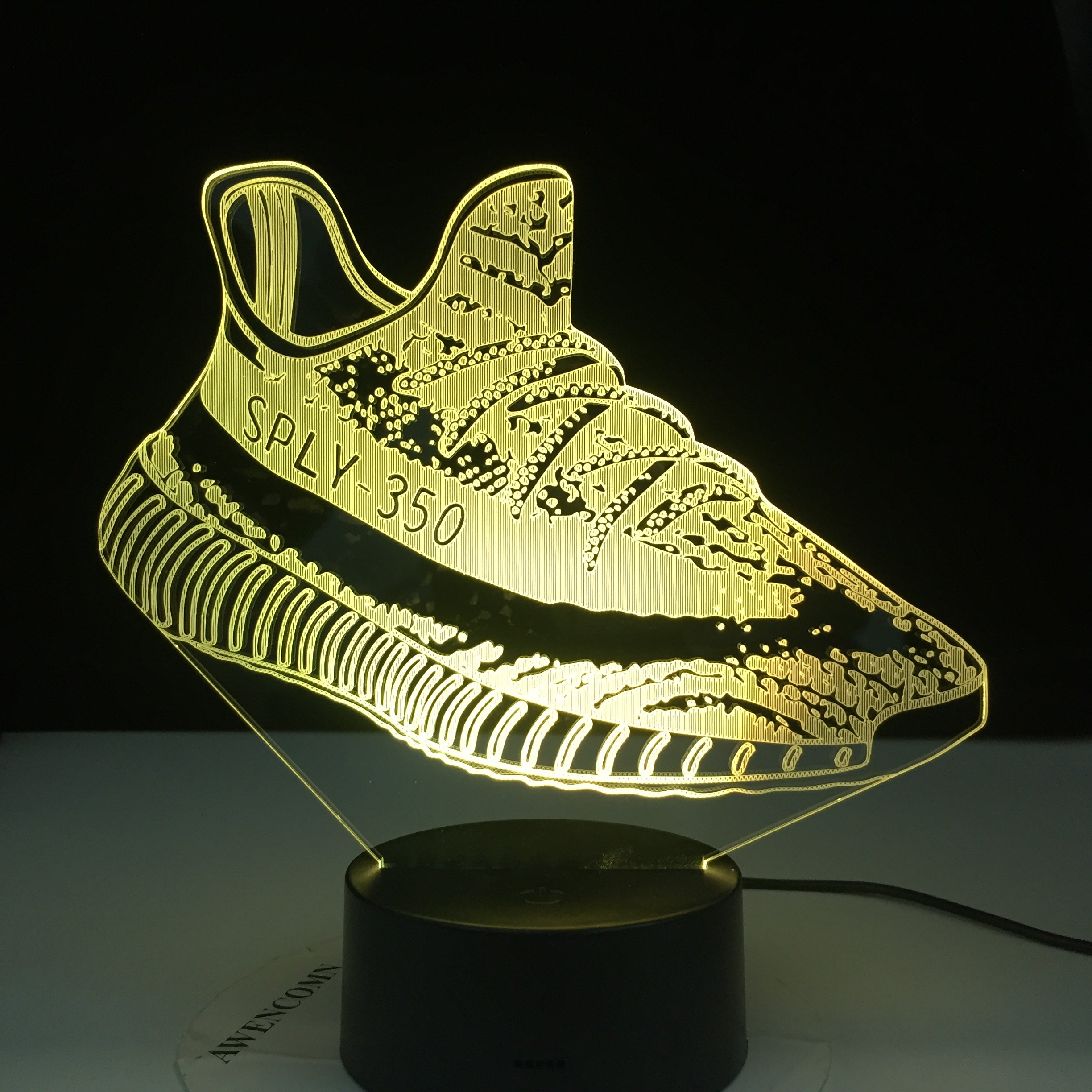 Creative Usb 3D Led Touch Switch Shoes Shape Atmosphere Night Light For Sports Fans Bedroom Movement Lighting Fixture Desk Lamp