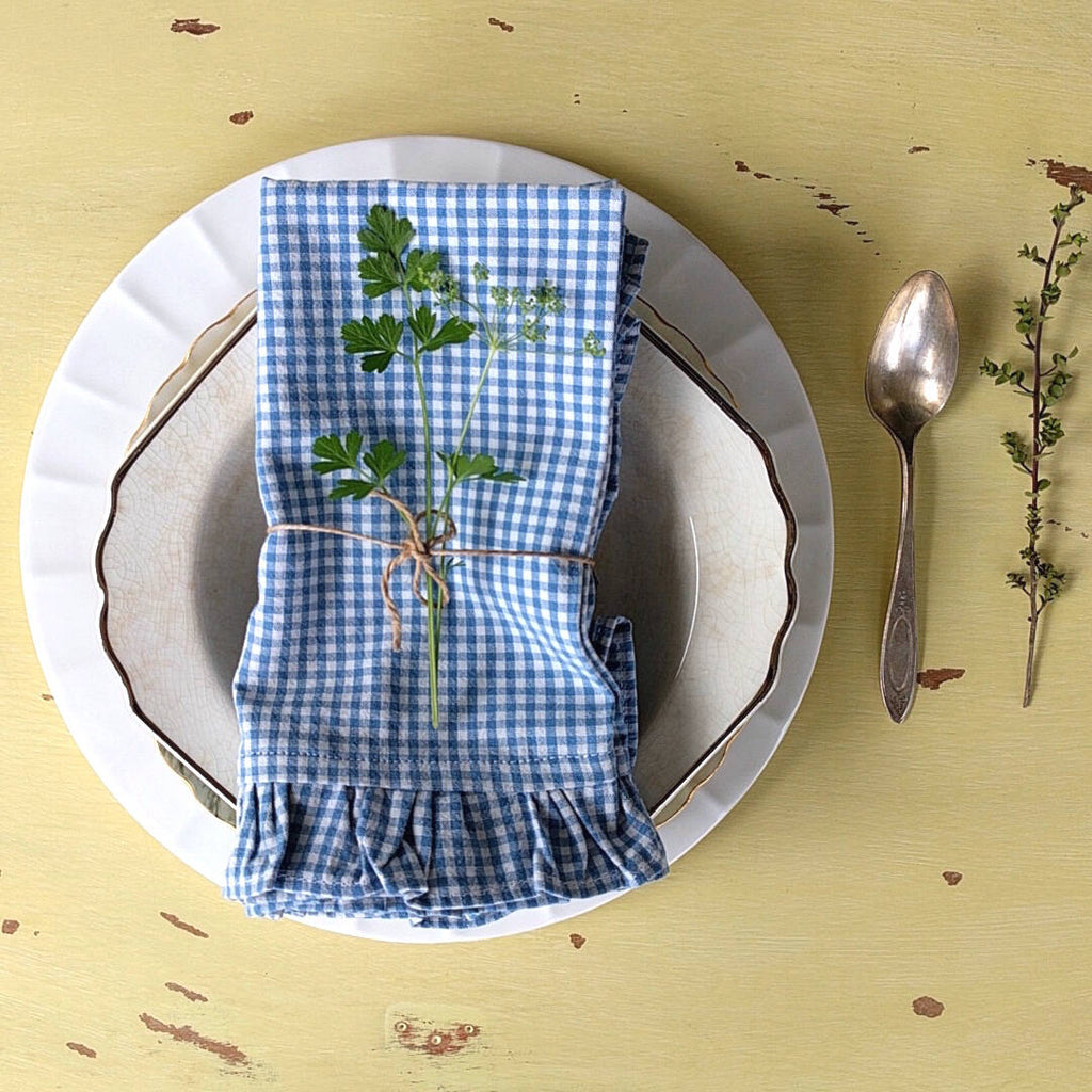 set of four 100% cotton vintage blue white plaid napkins