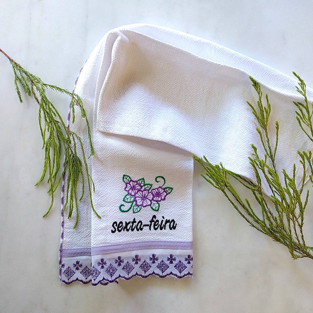 kitchen towel themed with violet trim and day of the week: Sexta-Feira