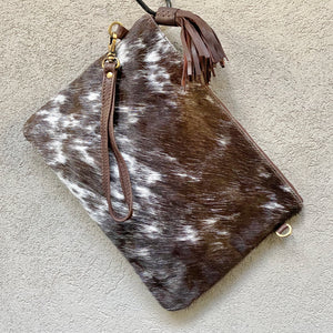 Sahara Reversible Cowhide & Leather Crossbody Clutch Bag - Speckled Chocolate White - KITTY KAT