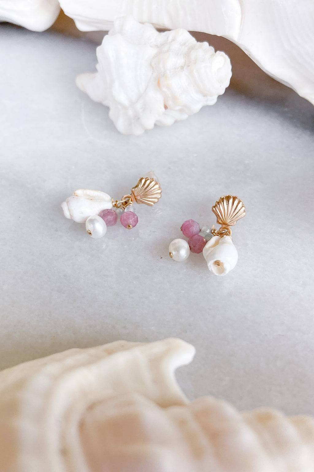 shell studs gemstone gold