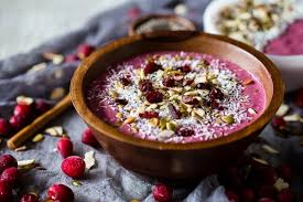 Berry & Oats Protein Smoothie Bowl