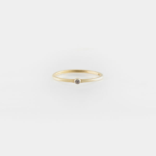 Simple Cléo Diamond Ring