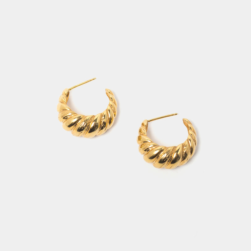 Laëtitia Hoops in Gold