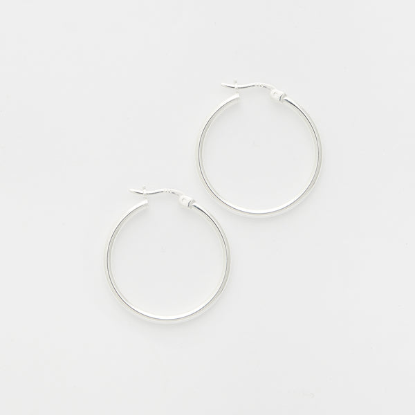 Andrea Hoops in Silver