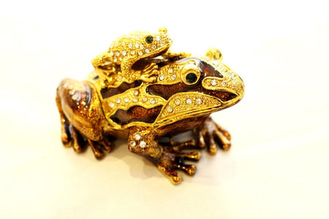 Frog with Baby on its back enamelled and Diamante encrusted hinged trinket box