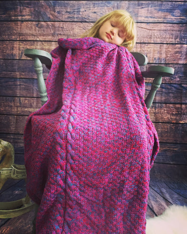 Knitted mermaid tail blanket stunning gift idea for kids & adults luxury cerise pink