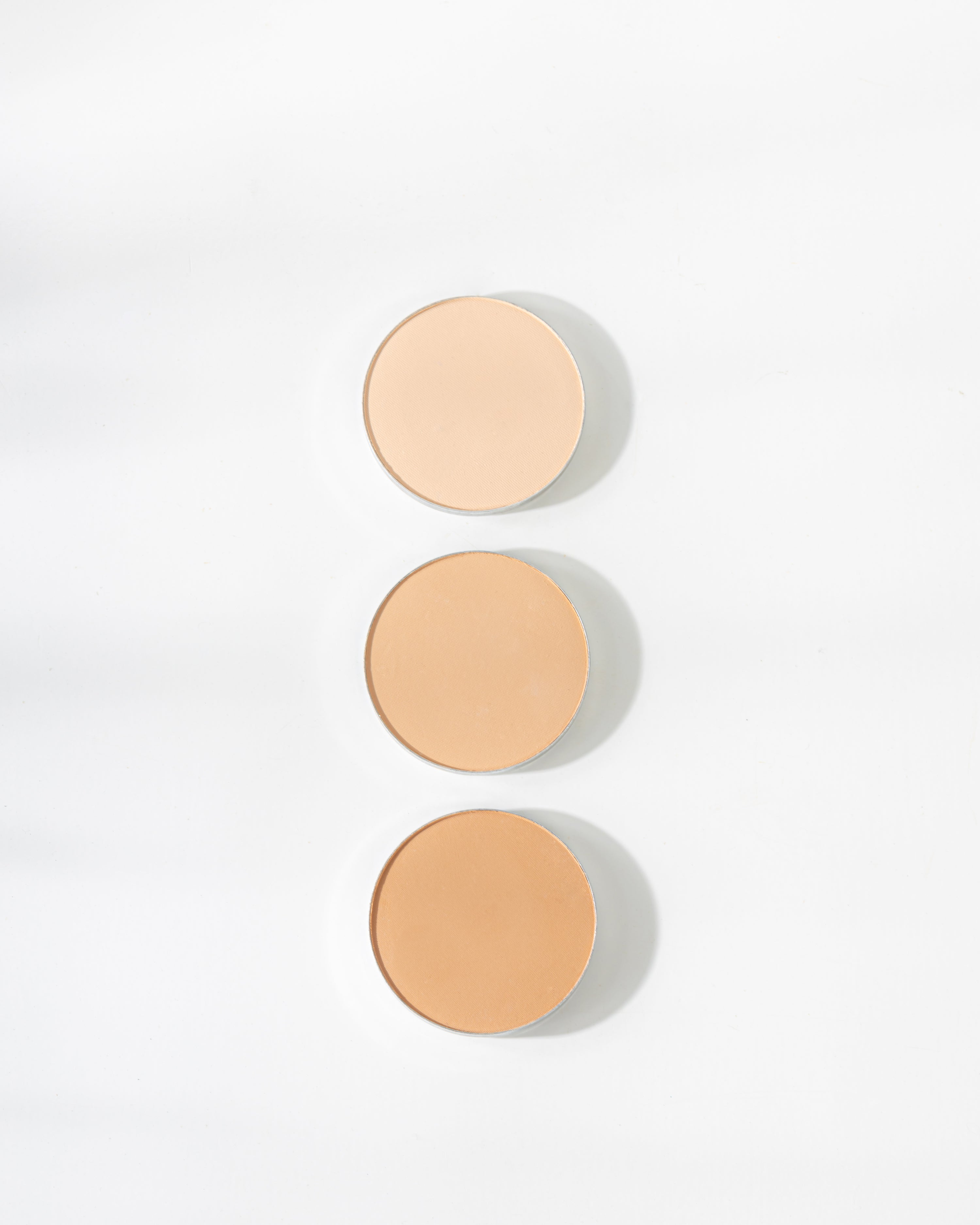 The Realest Lightweight Compact Powder in Tan