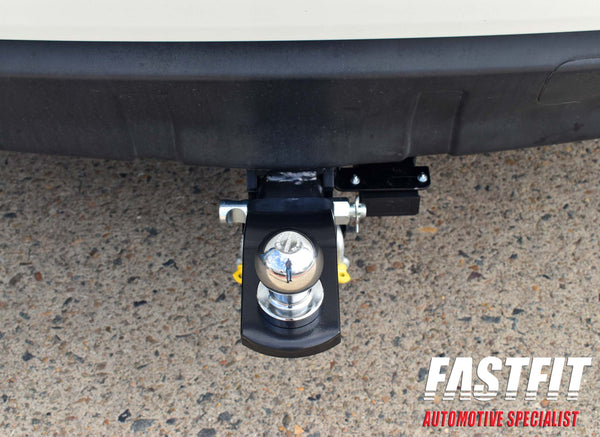 TrailBoss Heavy Duty TowBar with Step to suit Mitsubishi Outlander 11/2006-11/2012