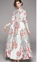 Load image into Gallery viewer, Runway Vintage Maxi Fluer Long Dress